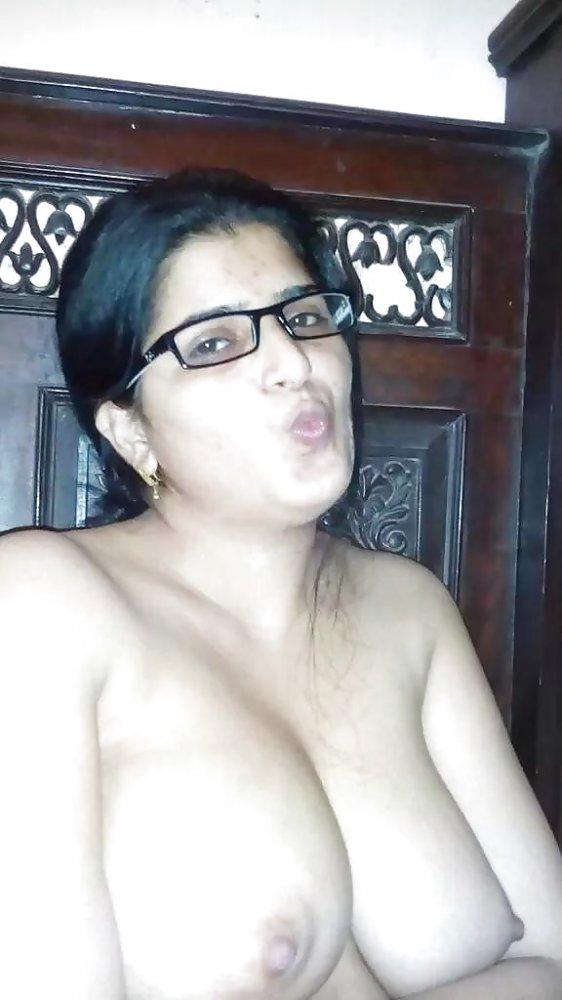 Desi Exchanger Nudes On Twitter