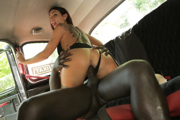 [FemaleFakeTaxi] Princess Jasmine – Horny driver hungry for black cock Online Free